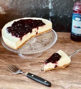 Easy Cheesecake met Cranberry jam