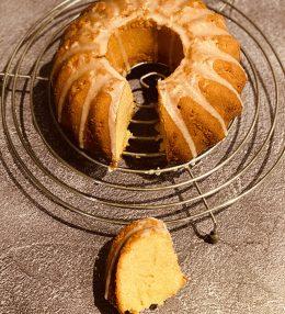 Paas-cake met amandelspijs